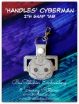 Dr Who - Handles Cyberman ITH Snap Tab - 4x4